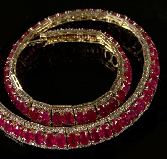 771: Yellow Gold, Ruby and Diamond Necklace