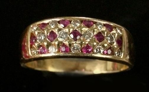 772: Yellow Gold, Ruby and Diamond Ring