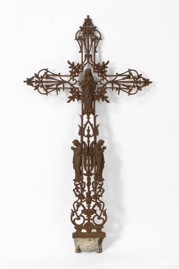 713: French Cast-Iron Cruciform Immortelle,