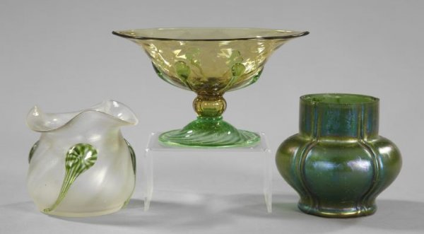 198: Collection of Three Pieces of Glassware,