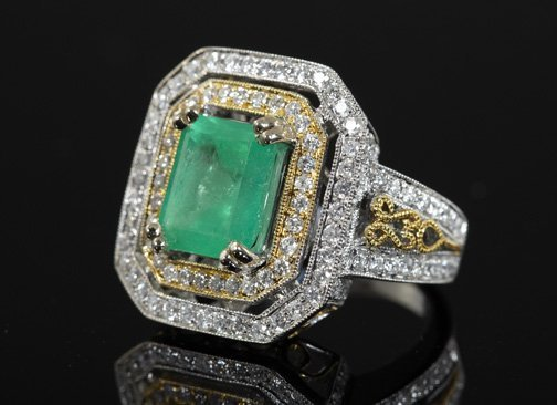 843: Gold, Emerald and Diamond Ring