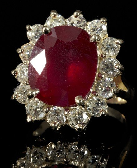 863: Gold, Ruby and Diamond Lady's Ring