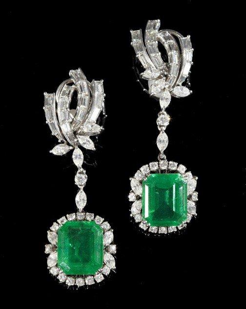867: Gold, Diamond and Emerald Drop Earrings