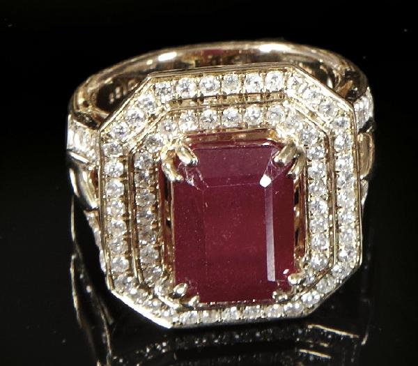 817: Gold, Ruby and Diamond Lady's Ring
