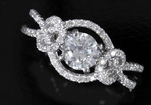 740: Gold and Diamond Lady's Engagement-Style Ring
