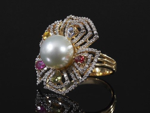 742:  Gold, Pearl, Sapphire and Diamond Ring