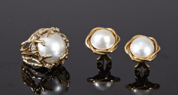 747: Yellow Gold, Mabe Pearl and Diamond Jewelry
