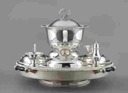 1015: American Silverplate Revolving Supper Service