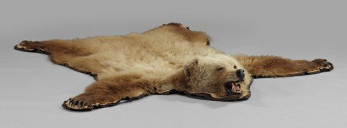 1071: Taxidermy-Mounted Grizzly Bear Rug,
