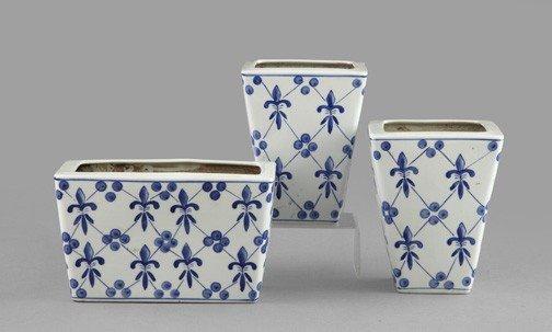 748: Chinese Porcelain Mantel Garniture