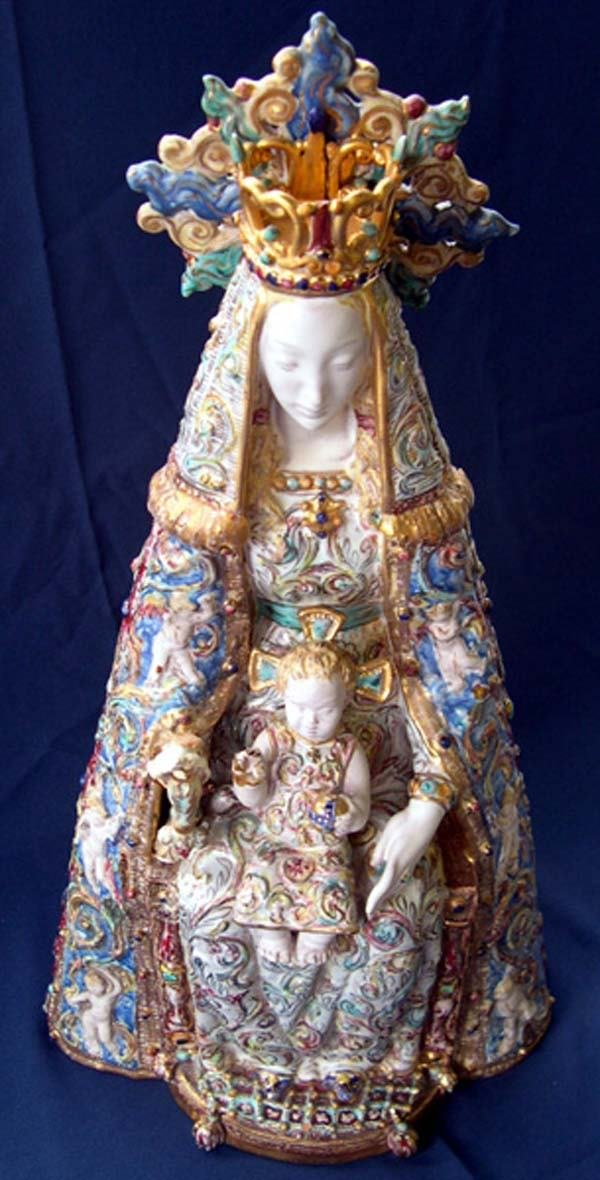 604: E. PATTORINO TERRA COTTA VIRGIN MARY