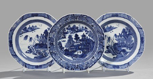 11: Chinese Export Blue and White Porcelain Bowls