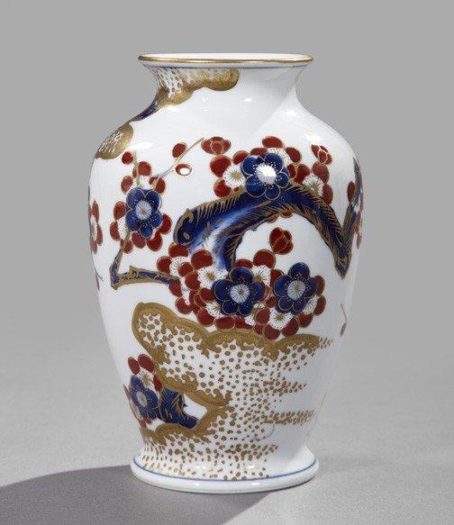 12: Japanese Imari Porcelain Floral-Painted Vase