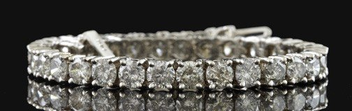 770: White Gold and Diamond Tennis Bracelet