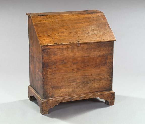 1643: English Provincial Elmwood Slant-Lid Firewood Bin