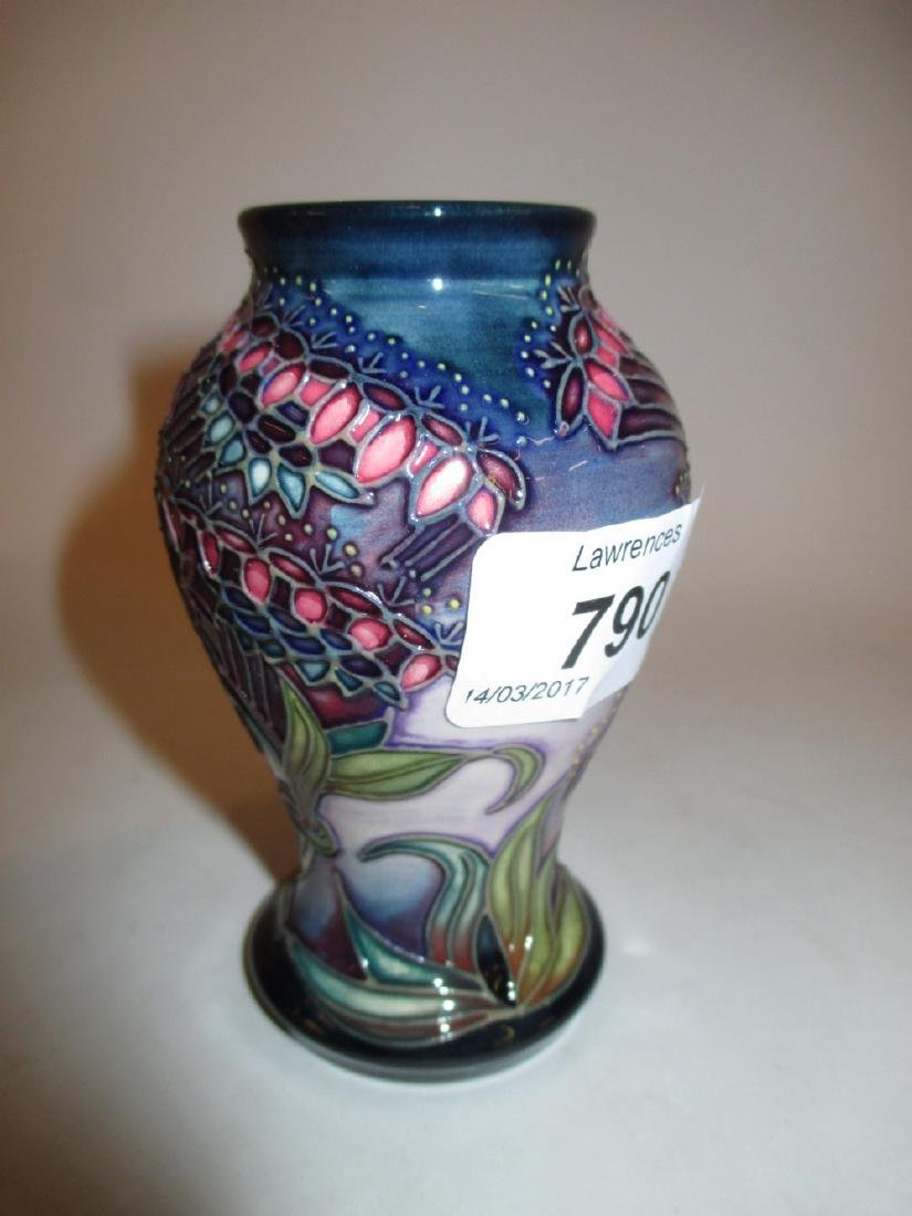 Moorcroft Hibiscus pattern tube line decorated squat