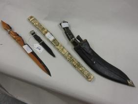 Small Scottish skean dhu, carved bone sheathed dagger,