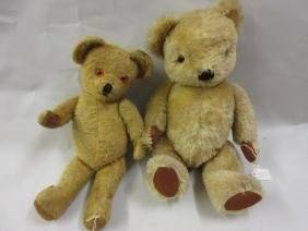 Pedigree jointed teddy bear with growler, together with