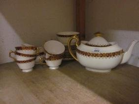 Royal Crown Derby six place setting tea service having