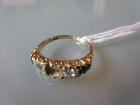 18ct Yellow gold ring set two diamonds and two
