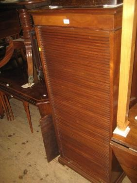 Early 20th Century mahogany filing cabinet with a