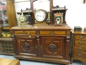 Small good quality Victorian mahogany sideboard, the