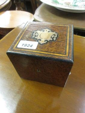 19th Century French amboyna square tea caddy