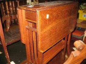 Edwardian mahogany and satinwood crossbanded