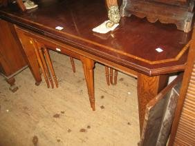 Mahogany and satinwood crossbanded wind-out extending