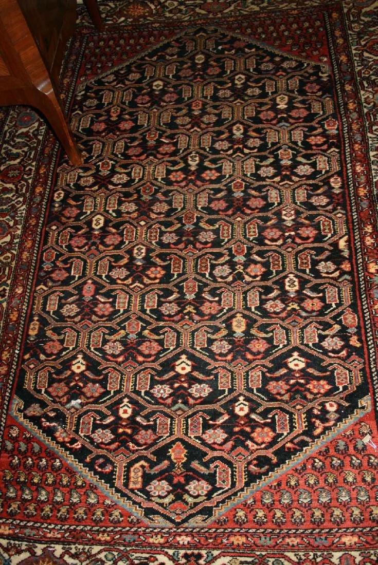 Hamadan rug with an all-over stylised lattice work