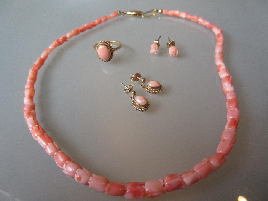 9ct Gold coral set ring, two pairs of coral earrings