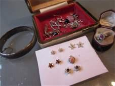 9ct Gold diamond and garnet set flower head ring, in
