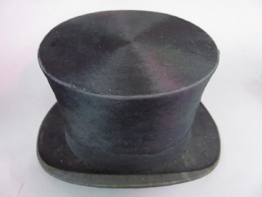 Cuthbertson gentleman's silk top hat (interior at