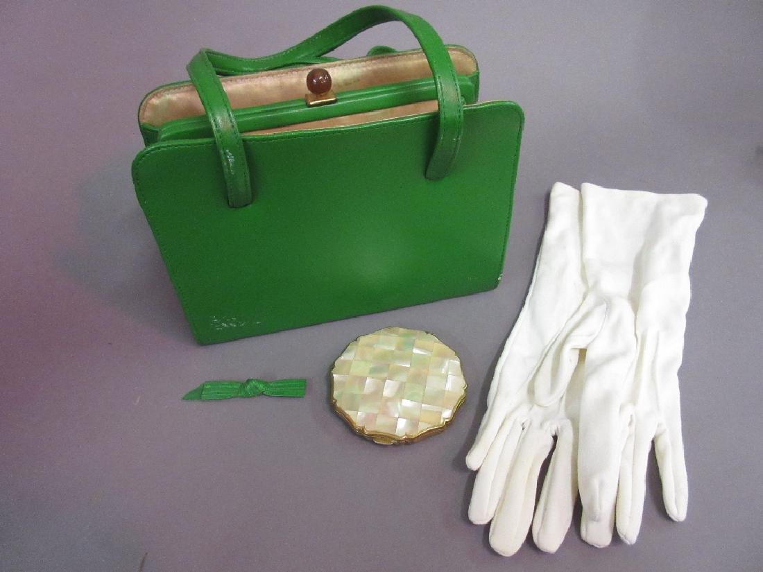1960's Ladies green leather handbag