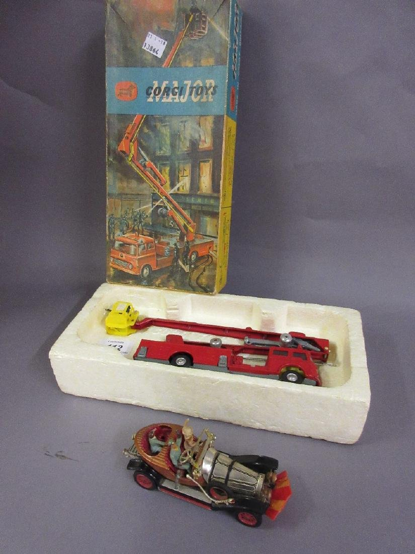 Boxed Corgi Major Toys fire engine, No. 1127 and a