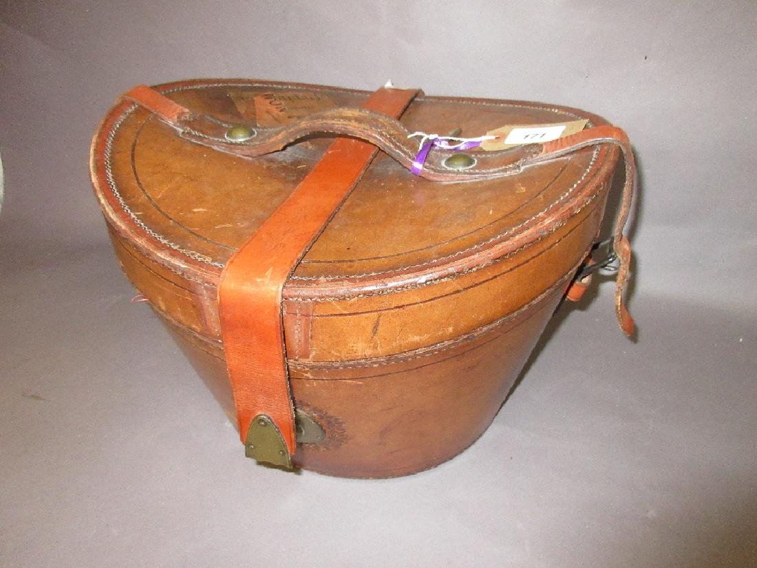 Late 19th / early 20th Century leather hat box