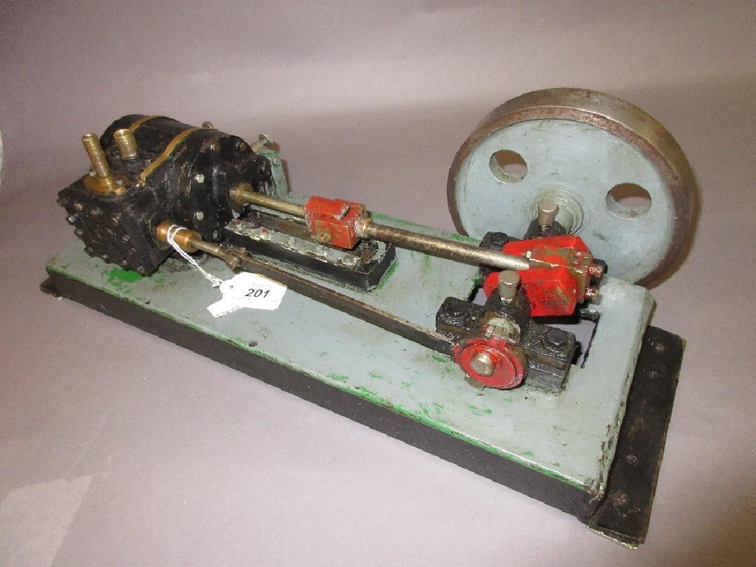 Single piston horizontal stationary engine