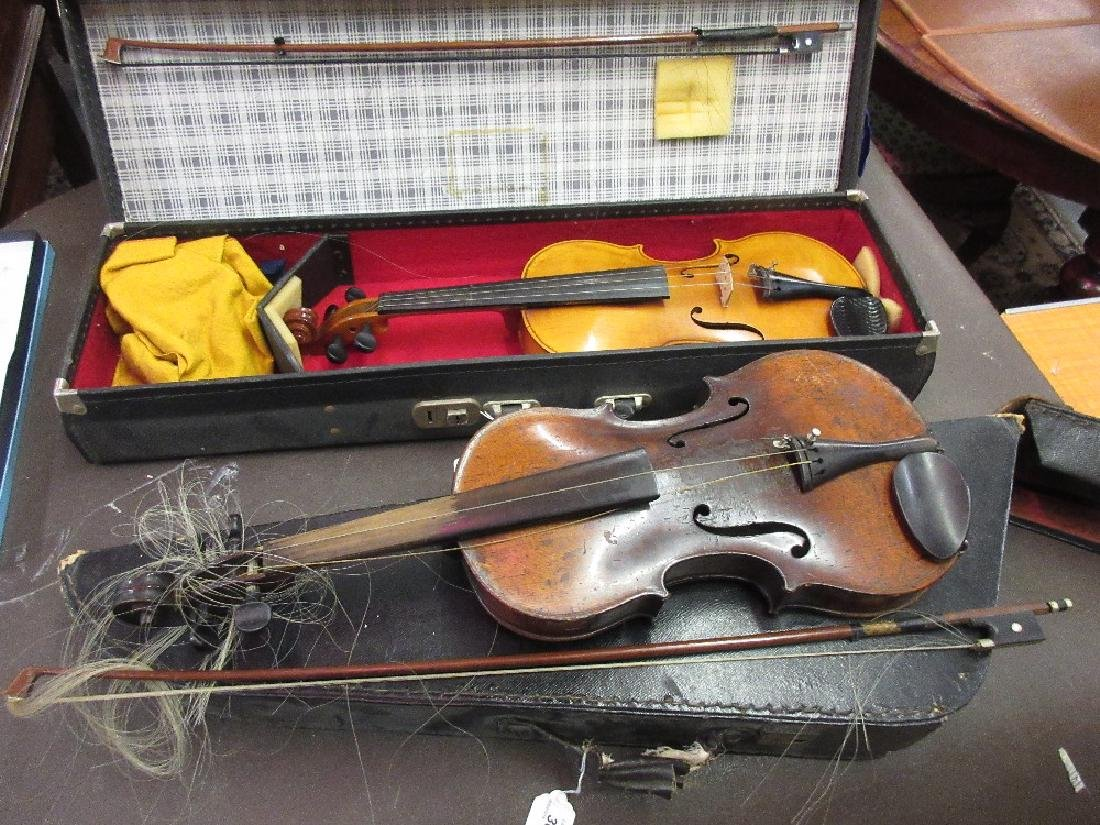 14in Violin with bow in case, together with a modern