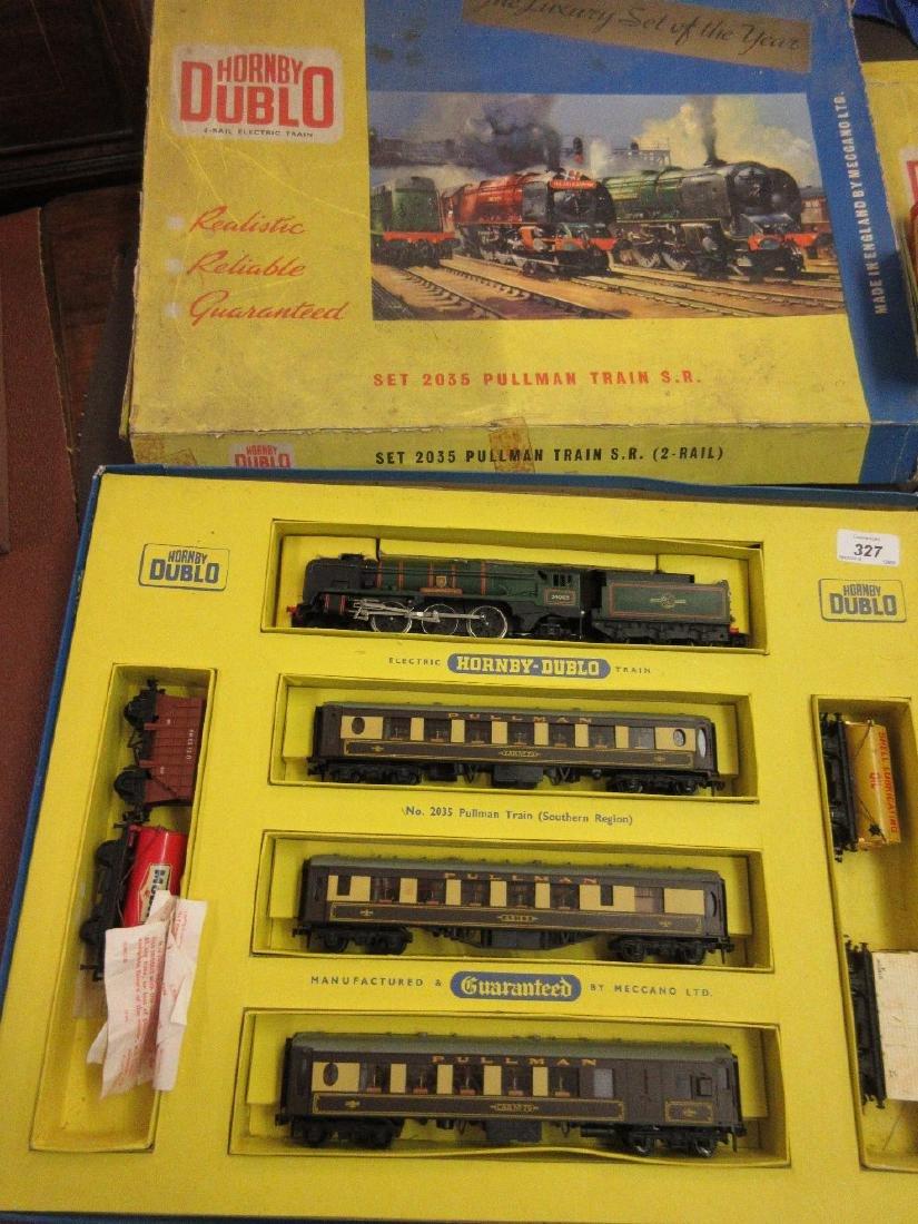 Boxed Hornby Dublo Southern region Pullman railway set