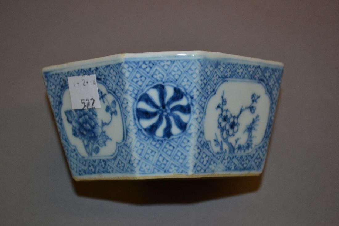 Chinese blue and white octagonal bowl, a Celadon dish - 2
