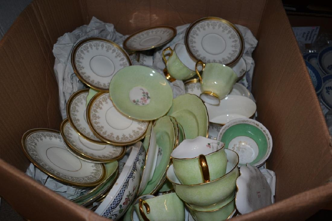 Spode dinner service together with a Cauldon coffee and