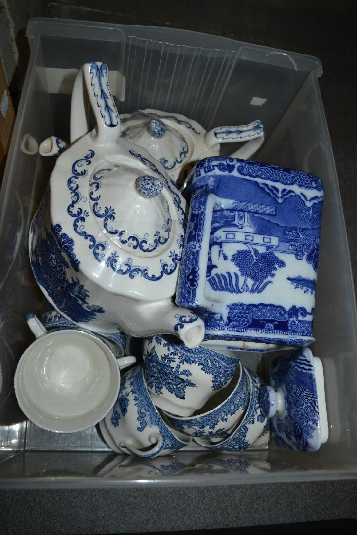 Ringtons, blue and white Willow pattern teapot together