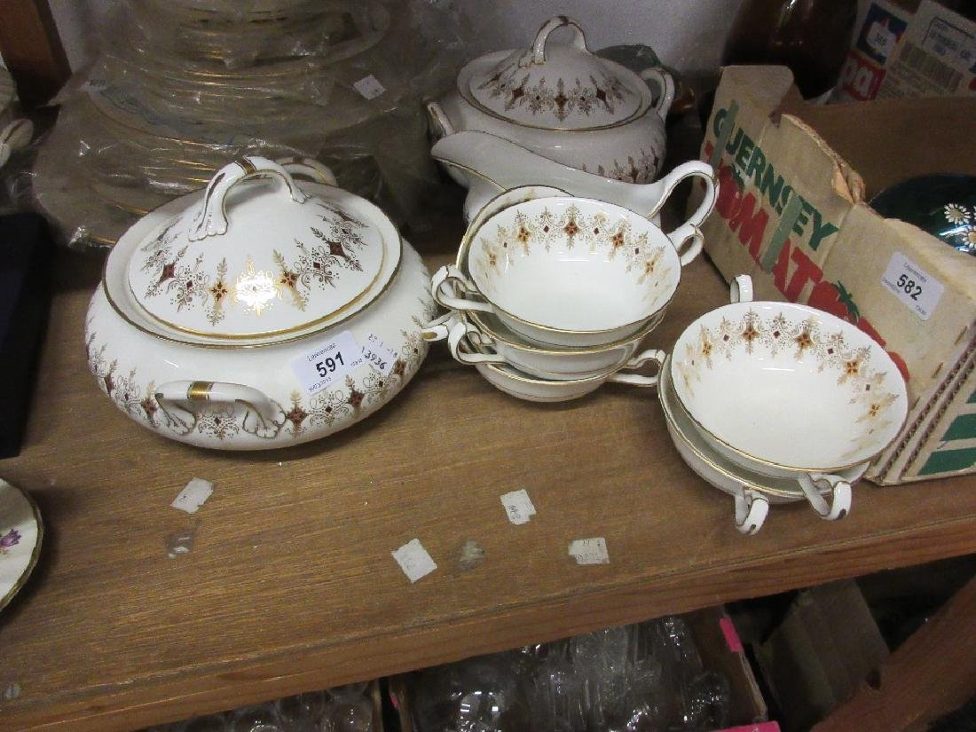 Royal Crown Derby red and gilt decorated dinner service