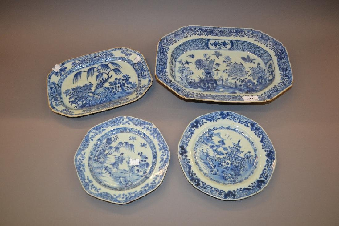 18th Century Chinese blue and white deep dish of