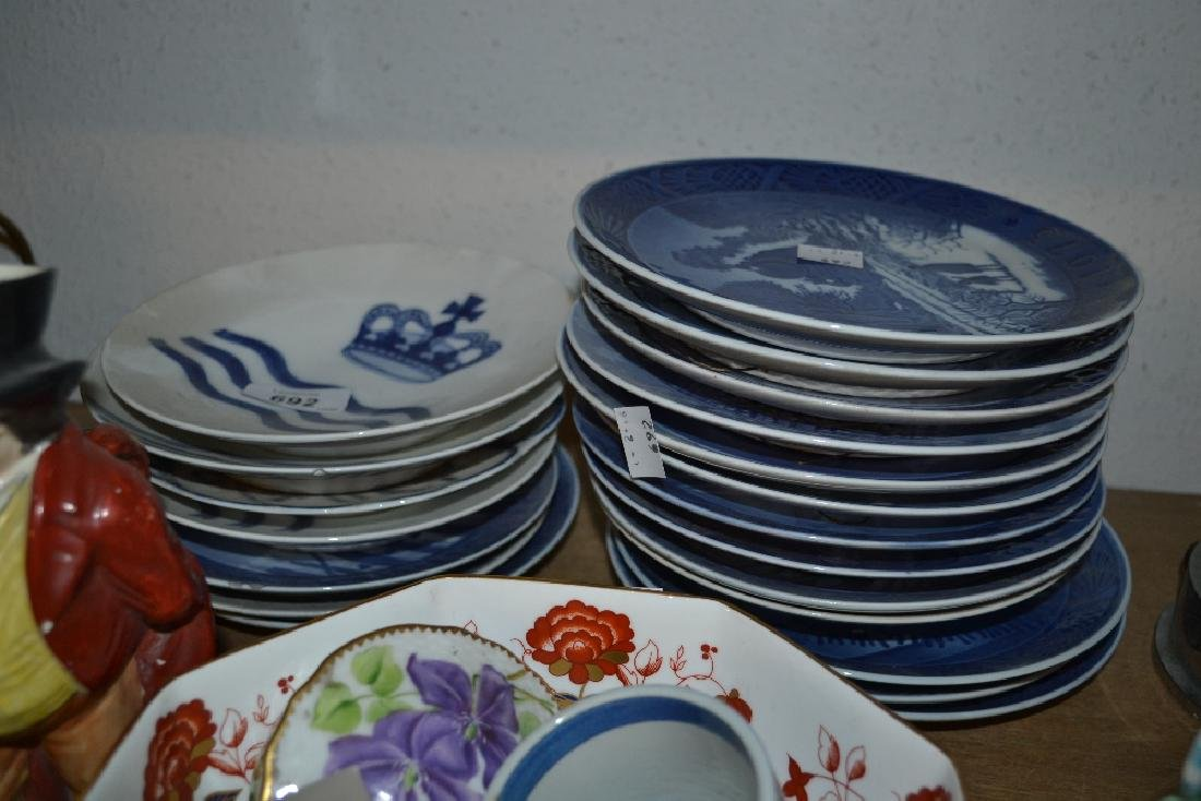 Quantity of Royal Copenhagen Christmas plates and other