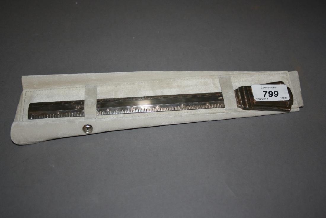 White metal (800 mark) page turner / ruler