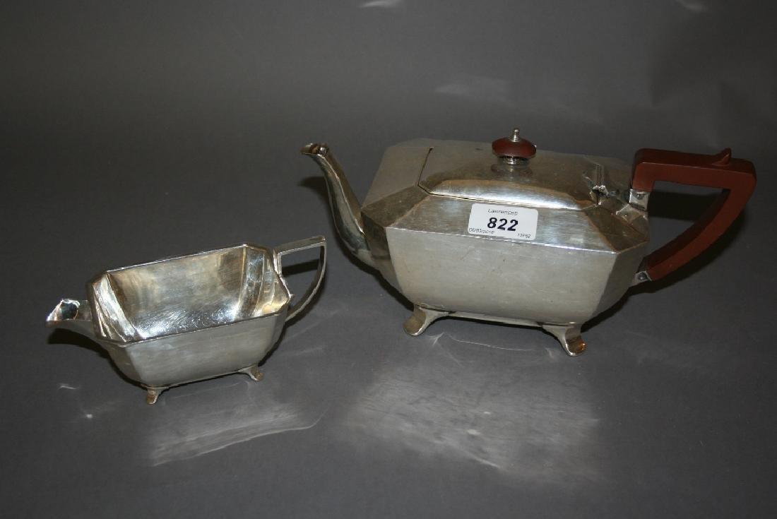 Mid 20th Century Art Deco style octagonal silver teapot
