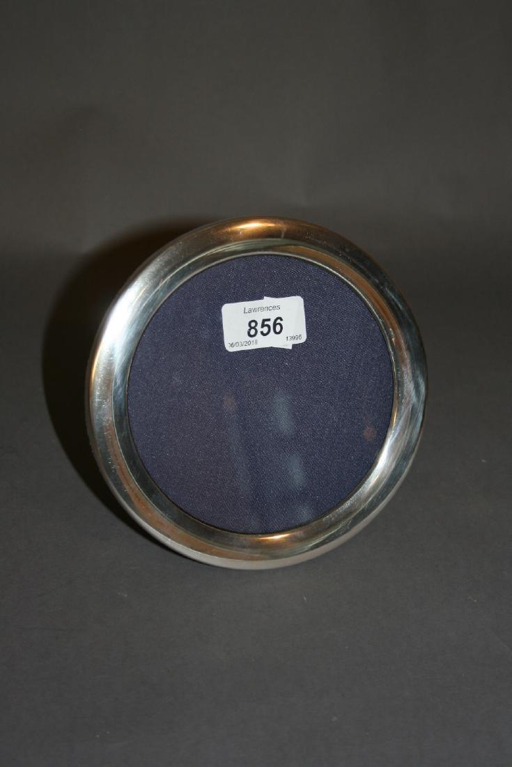 Circular silver mounted photograph frame