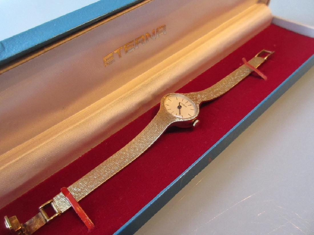 Ladies 14ct yellow gold Eterna wristwatch