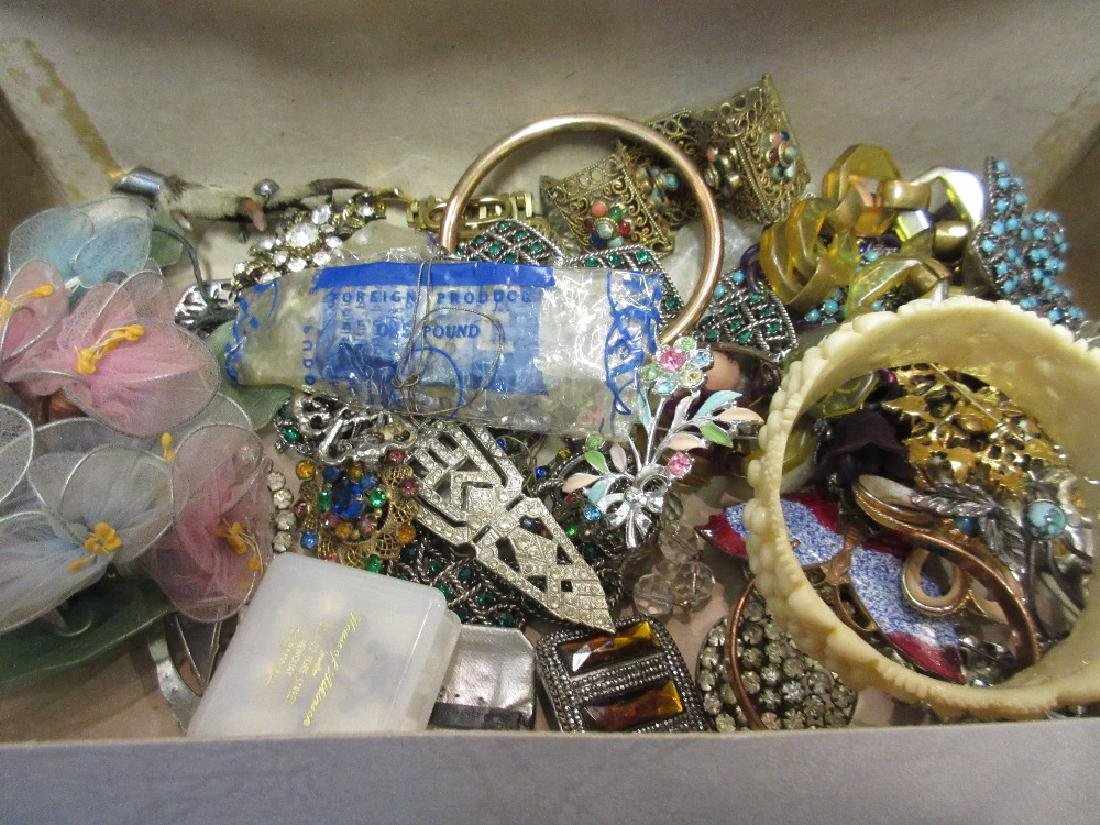 Box containing a quantity of various costume jewellery,